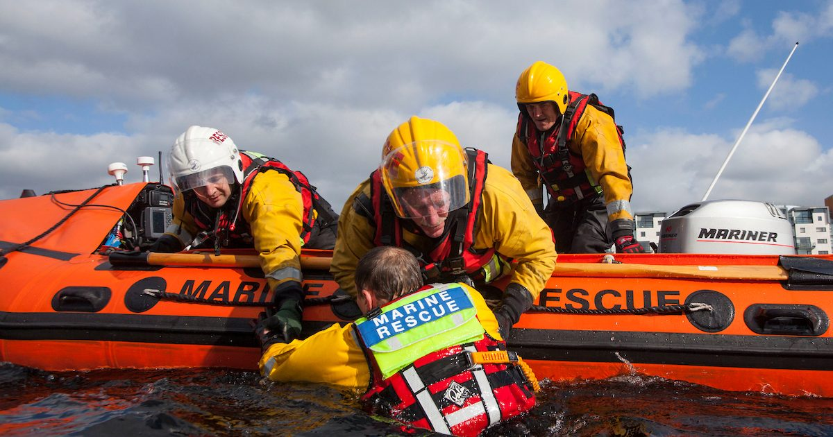 13.04.14          Members of the Limerick Marine Search and Rescue Service perform rescue drills on the river Shannon. Team members, Mark O'Brien, Peter Hogan and Kieran Goodison perform a river rescue on Tony Cusack. Picture: Alan Place.